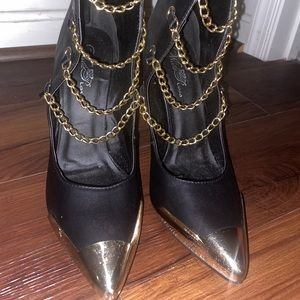 Black gold chained heels